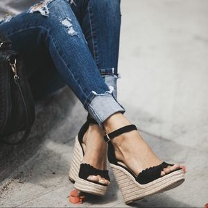 Shoes - 2 LEFT‼️Wedge Espadrilles